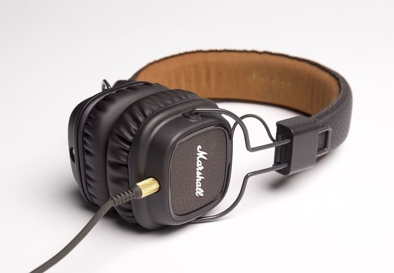 Closed back headphones are great for noise isolation, private listening and boosted frequency levels.