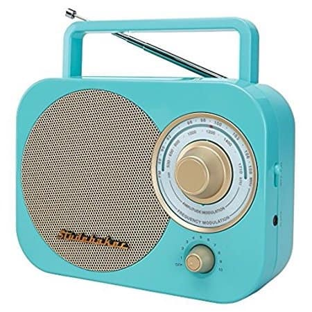 Studebaker SB2000TG is one of the best handheld radios with a retro look