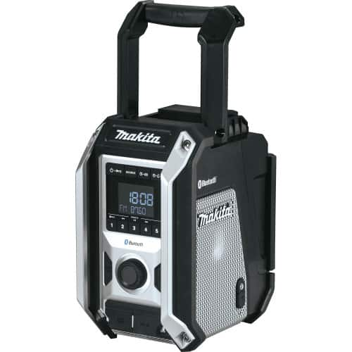 With IP65 rating, Makita XRM09B is the best waterproof jobsite radio
